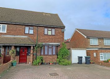 3 bed semi-detached house for sale in Evenden Road, Meopham, Gravesend DA13