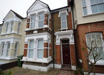 Thumbnail 1 bed flat to rent in Oak Hall Road, Wanstead, London