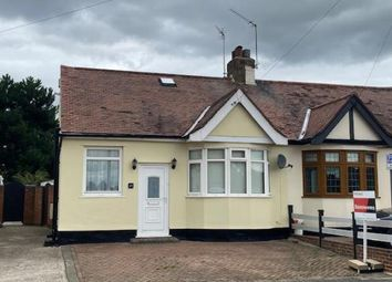 Victor Gardens, Hornchurch RM12. 2 bed bungalow