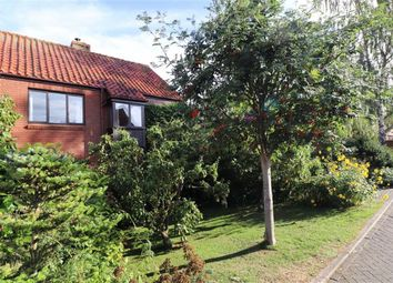 Thumbnail 5 bed property for sale in Halls Court, Dunston, Lincoln
