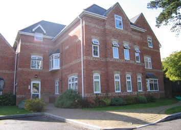 Thumbnail 2 bedroom flat to rent in Sutton Court, Fareham