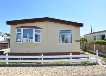 Thumbnail 2 bed detached bungalow for sale in Fourth Avenue, Parklands Mobile Homes, Scunthorpe