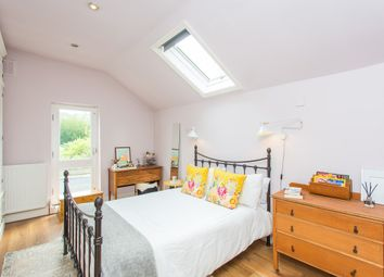 Thumbnail 1 bedroom flat for sale in Underhill Road, London
