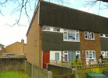 Thumbnail 2 bedroom flat to rent in Grayshott Road, Headley Down