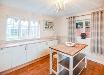 3 bed terraced house for sale in Woodview, Sheffield S21