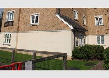 Thumbnail 2 bed flat for sale in Cowden Close, Farnham