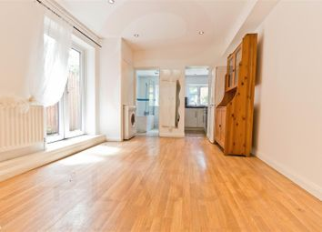 Thumbnail 2 bedroom flat to rent in Crewys Road, Golders Green