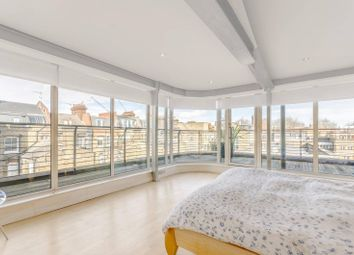 Thumbnail 2 bed flat to rent in Islington Green, Angel