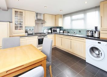 2 bed maisonette to rent in Weston Road, London W4