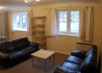 2 bed flat to rent in Bowls Court, Coundon, Coventry. CV5