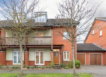 4 bed end terrace house for sale in Macdowall Road, Guildford GU2