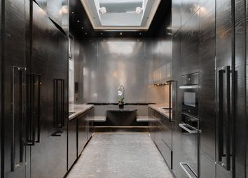 Thumbnail 4 bed flat for sale in South Audley Street, Mayfair