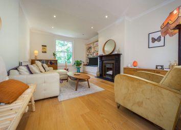 Hanley Road, London N4. 2 bed flat