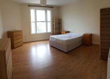 Thumbnail 3 bed flat to rent in Stoke Newington Road, Stoke Newington, Dalston