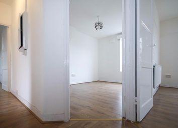 Thumbnail 3 bed flat to rent in Rockingham Street, London