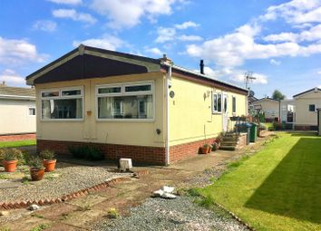 Thumbnail 2 bed mobile/park home for sale in Station Road, Thirsk