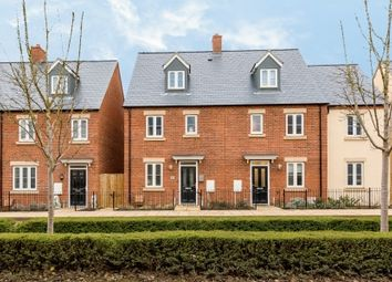 4 bed semi-detached house for sale in Whitelands Way, Bicester OX26