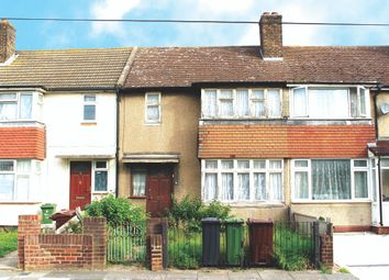 Shaw Avenue, Barking IG11. 3 bed terraced house