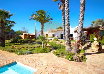 Thumbnail 3 bed villa for sale in Caramujeira, Lagoa E Carvoeiro, Lagoa Algarve