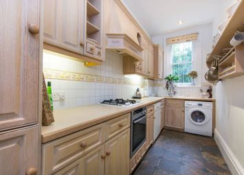 Thumbnail 3 bed flat to rent in Arterberry Road, Wimbledon Village
