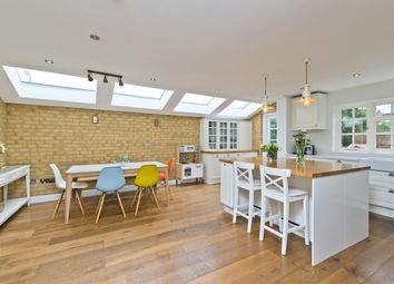 Thumbnail 4 bed detached house to rent in Peregrine Way, London