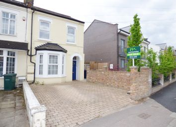 Thumbnail 2 bedroom maisonette for sale in Victoria Road, New Barnet