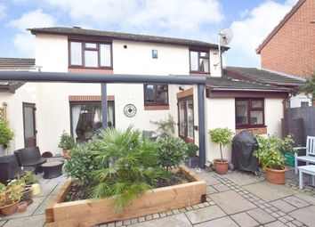 Thumbnail 3 bed detached house to rent in Roseland Avenue, Exeter