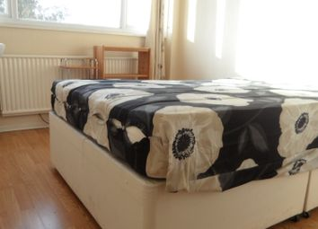 Room to rent in Park Road, Stanwell, Staines TW19