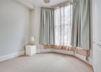 2 bed flat to rent in Westwick Gardens, London W14