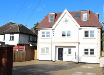 Thumbnail 3 bed flat for sale in Brookmans Avenue, Brookmans Park, Hatfield