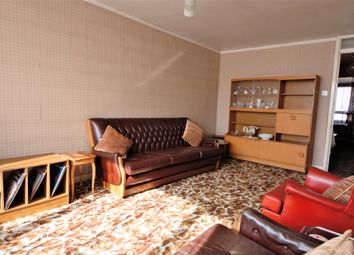 Thumbnail 2 bed flat for sale in Centurion Close, Islington