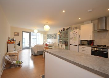 3 bed flat to rent in Temple Court, Barton Road, Bristol BS2