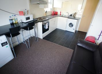 Thumbnail 3 bed flat to rent in Woodville Road, Cathays, Cardiff