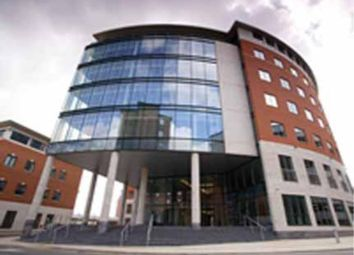 Thumbnail Serviced office to let in Wellington Place, Leeds