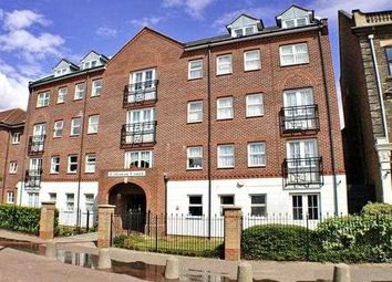 Coleman Court, Station Road, Clacton On Sea CO15. 2 bed flat for sale