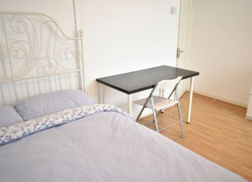 Room to rent in Willis House, Hale Street E14
