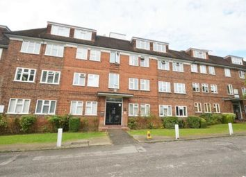 Thumbnail 3 bed flat to rent in Granville Place, East Finchley, London