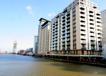 1 bed flat to rent in South Quay Square, London E14