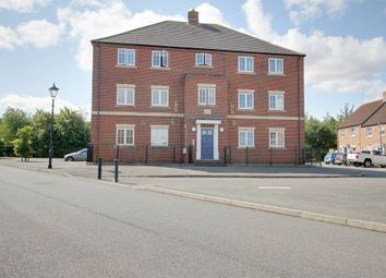 Thumbnail 2 bedroom flat to rent in Warbler Close, Aylesbury