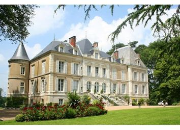 Thumbnail 17 bed property for sale in 37000, Tours, Fr