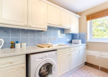 Thumbnail 2 bed flat for sale in Hayes Lane, Beckenham