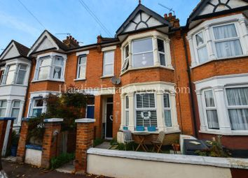 Thumbnail 1 bedroom flat for sale in Rochford Avenue, Westcliff-On-Sea