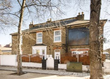 4 bed property to rent in Norman Road, Wimbledon, London SW19