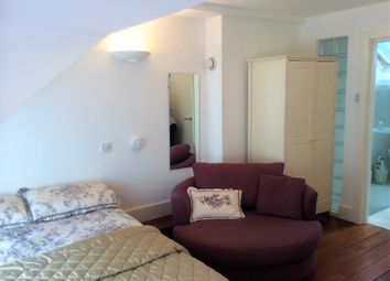 Thumbnail Room to rent in Clarendon Crescent, Leamington Spa