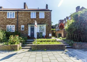 2 bed maisonette for sale in Lakeview Road, London SE27