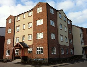 Thumbnail 1 bed flat to rent in Sandhurst Road, Leicester