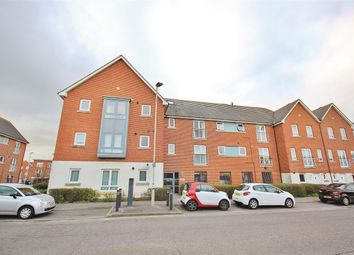 2 bed flat for sale in Newfoundland Drive, Poole BH15