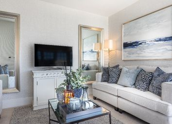 Thumbnail 3 bedroom town house for sale in Longwater Avenue, Green Park, Reading