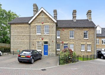 Thumbnail 2 bed flat to rent in Shepherds Farm, Middleton Road, Rickmansworth, Hertfordshire