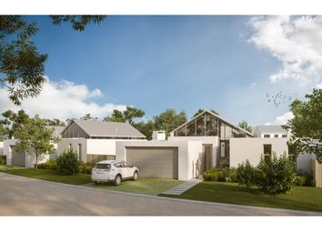 Thumbnail Villa for sale in De Beers Avenue, Paardevlei, Somerset West, Strand, Western Cape, South Africa